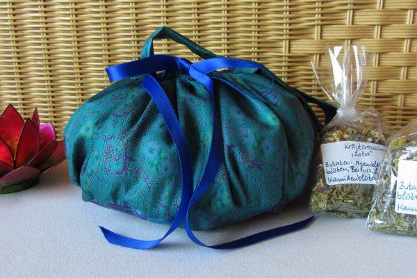 Platentatasche mit Kräutermischungen Lotusgeburt